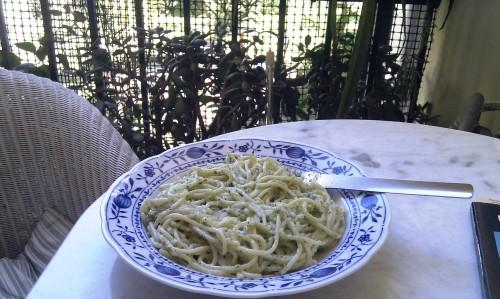 Pesto di rugula con spaghetti