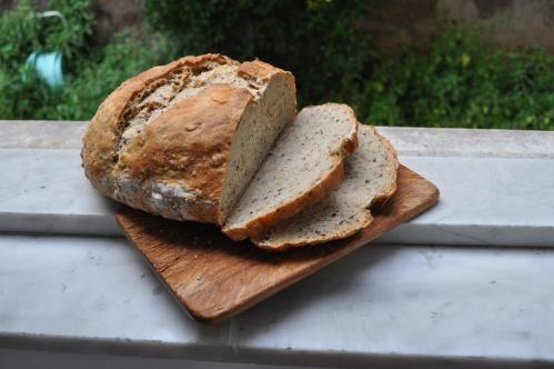 grano duro, farro, linseed bread