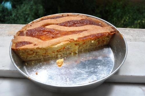 pastiera in its tin