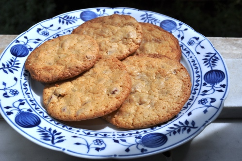 Almond and peel cookies