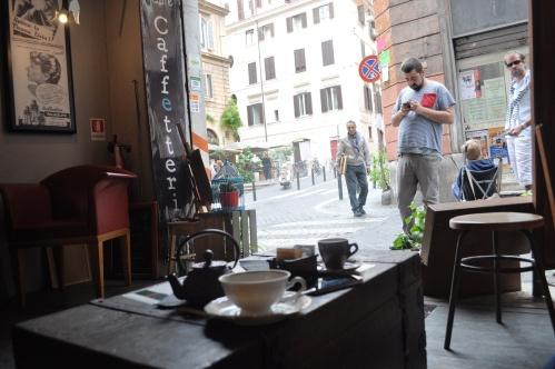 Cafe 2Periodico, Monti