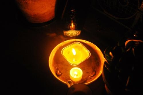 Isaac, anti-mozzie candles