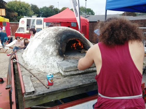 Pat and pizza oven