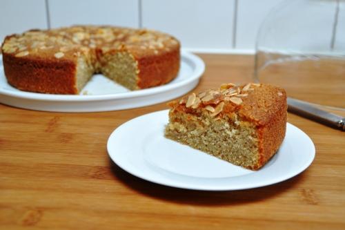 Wholemeal honey cake