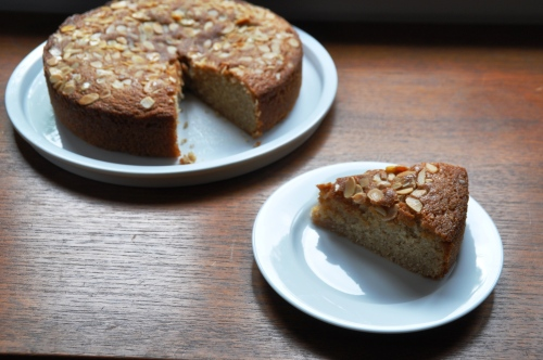 Wholemeal honey cake