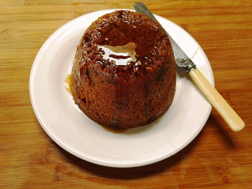 Date and maple syrup steamed pudding