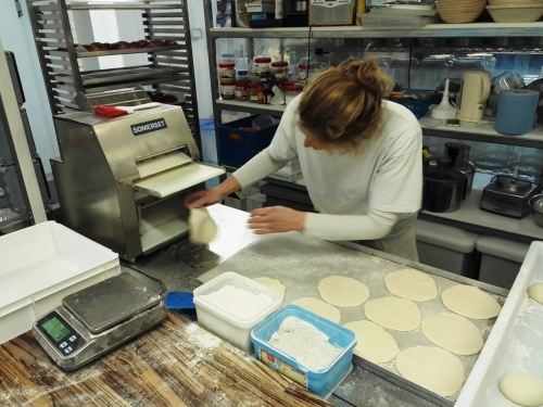 Einat Chalmers of Mamoosh rolling pittas